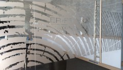 iroda dekoráció - homokfúvott matrica - Erfa 2000 Kft. - Ezerszó